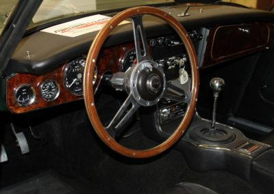 1965-Austin-Healey-3000-JS-BJ8-17
