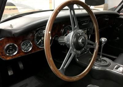 1965-Austin-Healey-3000-JS-BJ8-30