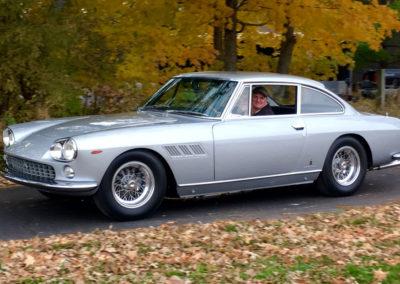 1965-Ferrari-330FT-2+2-final-1