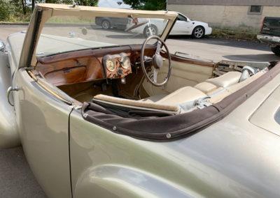 1948-Triumph-2000-Roadster-10