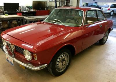 1965-Alfa-Romeo-Giulia-2